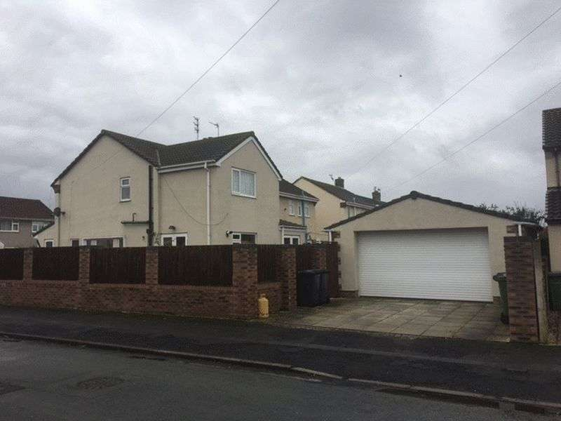 4 Bedrooms Semi Detached House for sale in Stonebarn Drive, Maghull