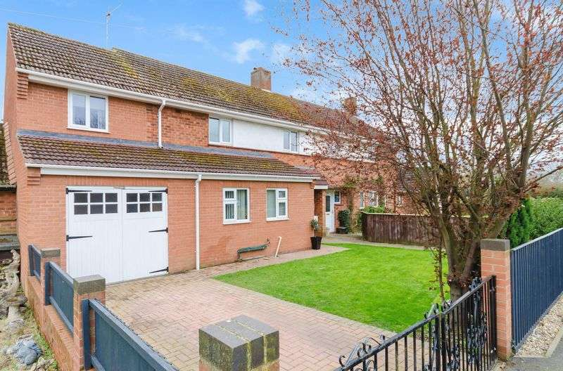 3 Bedrooms Semi Detached House for sale in Revesby Corner, Mareham Le Fen
