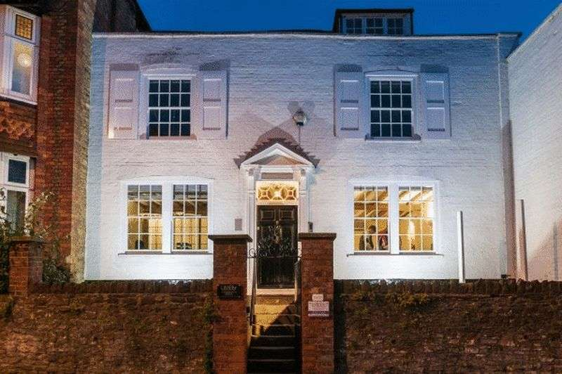 5 Bedrooms Property for sale in Wharf Street, Godalming