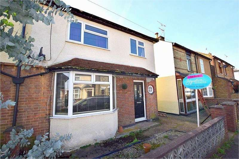 3 Bedrooms Semi Detached House for sale in Adrian Road, ABBOTS LANGLEY, Hertfordshire