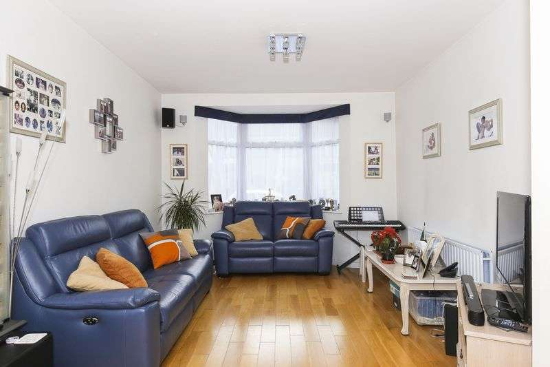 4 Bedrooms Terraced House for sale in Clarence Road, Enfield, EN3