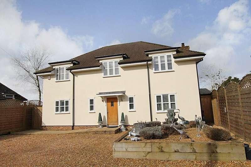 4 Bedrooms Detached House for sale in Rushden Road, SANDON, SG9