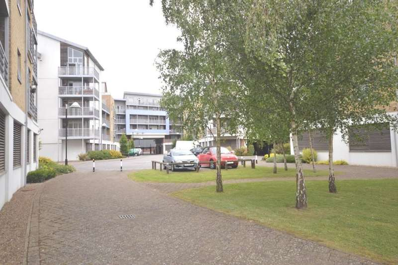 1 Bedroom Flat for sale in Kingfisher Meadow, Maidstone, ME16