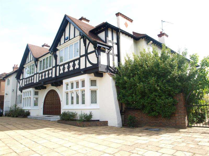 8 Bedrooms Detached House for sale in Windermere Avenue, Finchley, London, N3