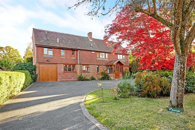5 Bedrooms Detached House for sale in Monteith Close, Langton Green, Tunbridge Wells, Kent, TN3