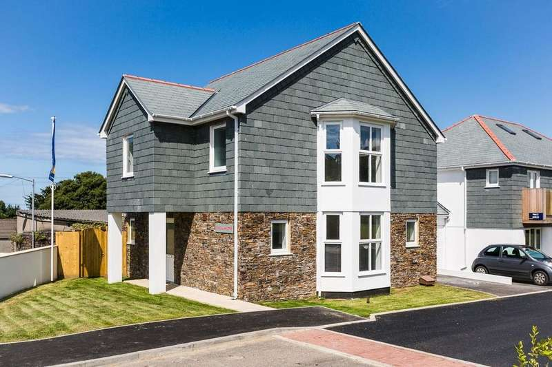 4 Bedrooms Property for sale in The Fairfields Coach Lane, Redruth, TR15