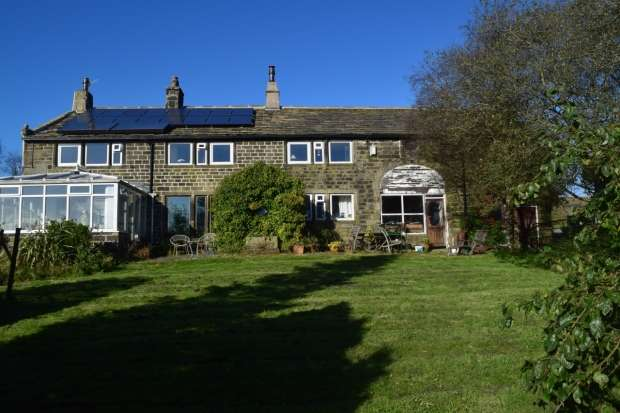 4 Bedrooms Detached House for sale in Hey Head Lane Cross Stone Todmorden