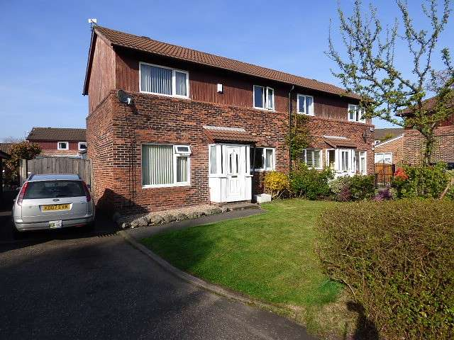 3 Bedrooms House for sale in Granston Close, Callands, Warrington