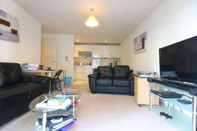 2 Bedrooms Apartment Flat for sale in Block 5 Spectrum, Blackfriars Road, Salford