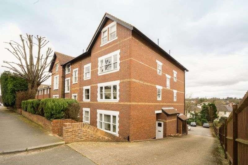 1 Bedroom Flat for sale in Woodbury Park Road, Tunbridge Wells
