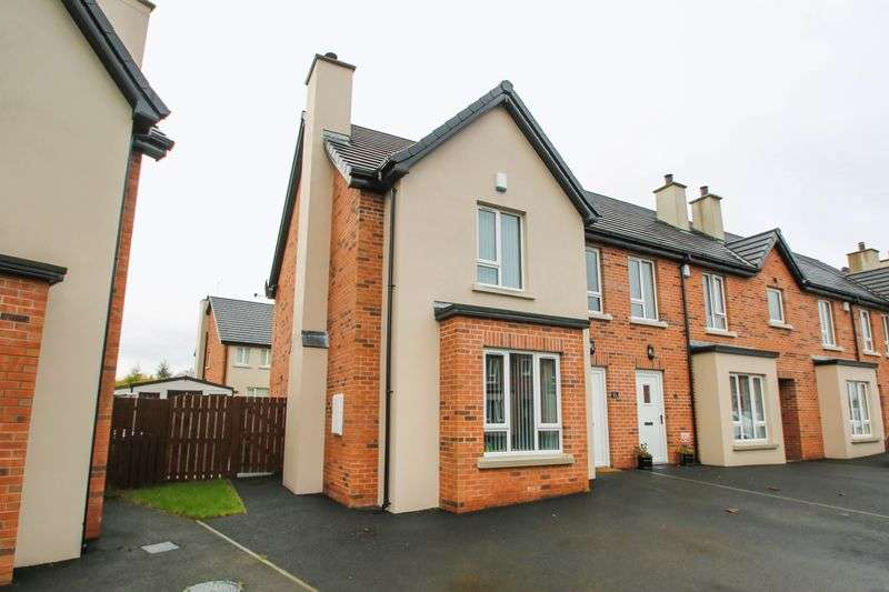 3 Bedrooms House for sale in 11 Cedar Wood, Bleary