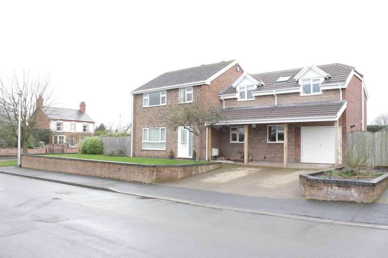 4 Bedrooms Detached House for sale in Greenway, Farndon, Cheshire, CH3