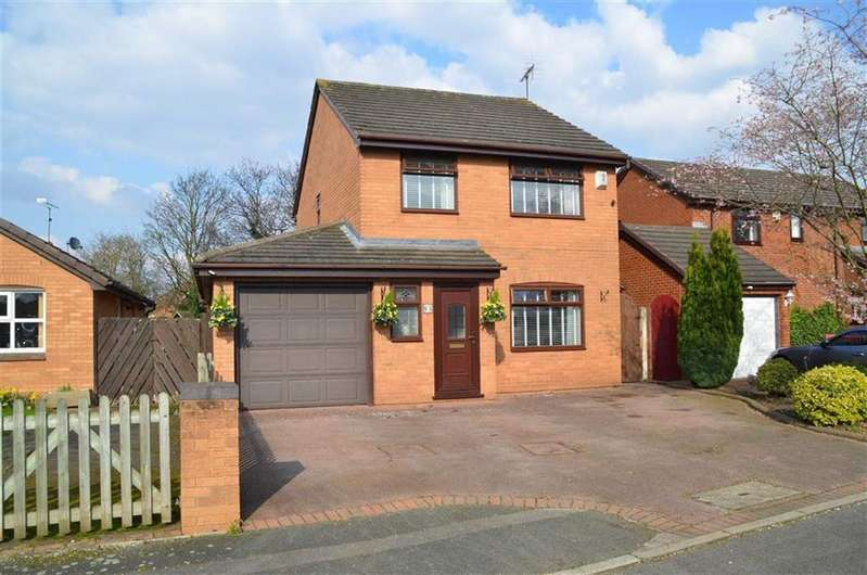 4 Bedrooms Detached House for sale in Silverbirch Way, Whitby, CH66