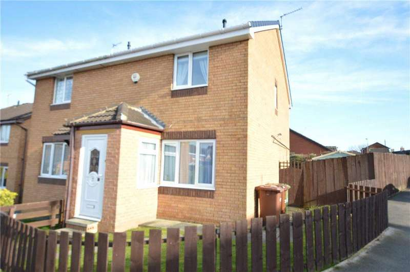3 Bedrooms Semi Detached House for sale in Aberfield Drive, Crigglestone, Wakefield, West Yorkshire