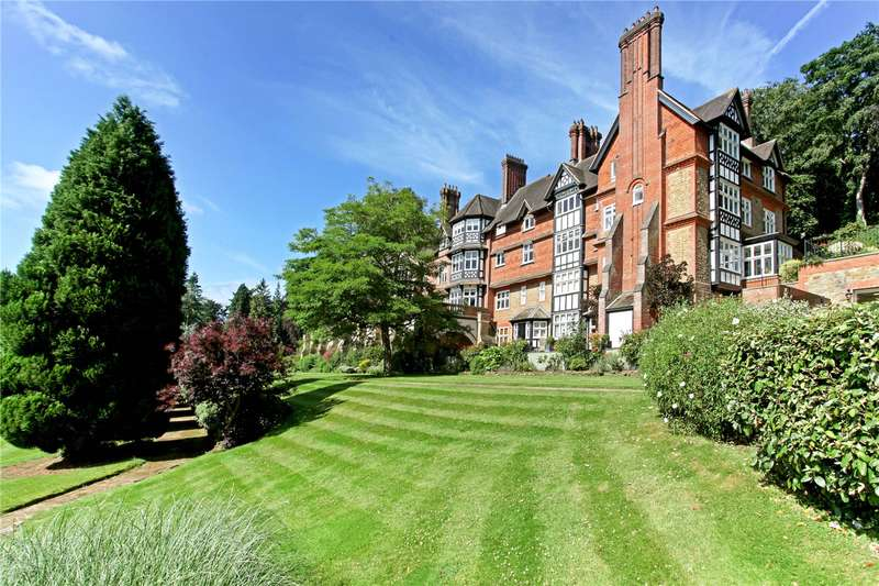 4 Bedrooms Flat for sale in Snowdenham Hall, Snowdenham Lane, Bramley, Guildford, GU5