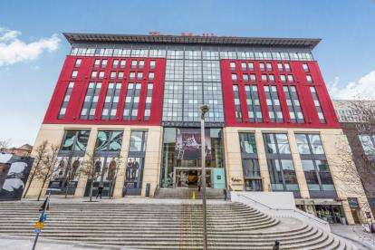 3 Bedrooms Flat for sale in Royal Arch Apartments, The Mailbox, Wharfside Street, Birmingham