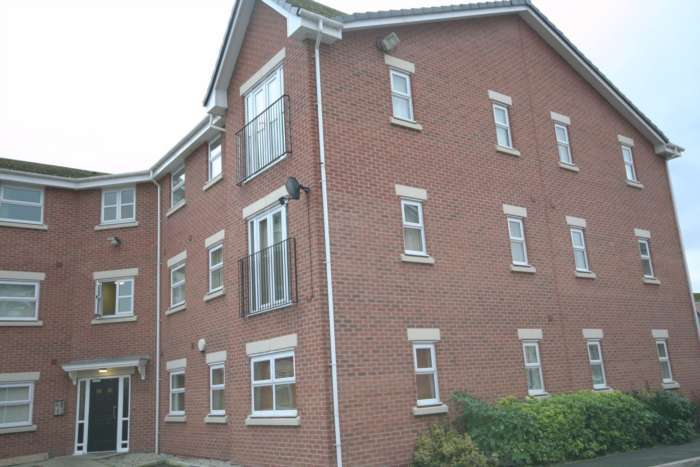 2 Bedrooms Apartment Flat for sale in Sidings Court, Widnes