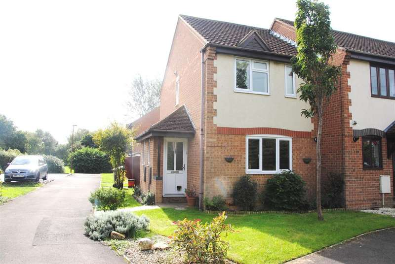 2 Bedrooms Property for sale in Chatsworth rd, Swindon