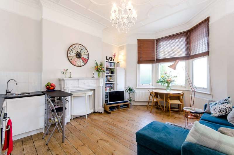 1 Bedroom Maisonette Flat for sale in Streatham Place, Streatham Hill, SW2