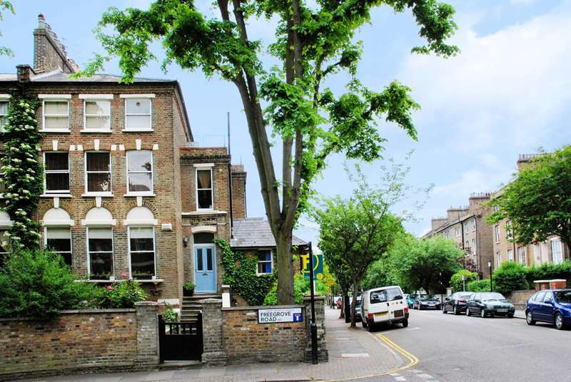 3 Bedrooms End Of Terrace House for sale in Freegrove Road, Hillmarton Conservation Area, N7