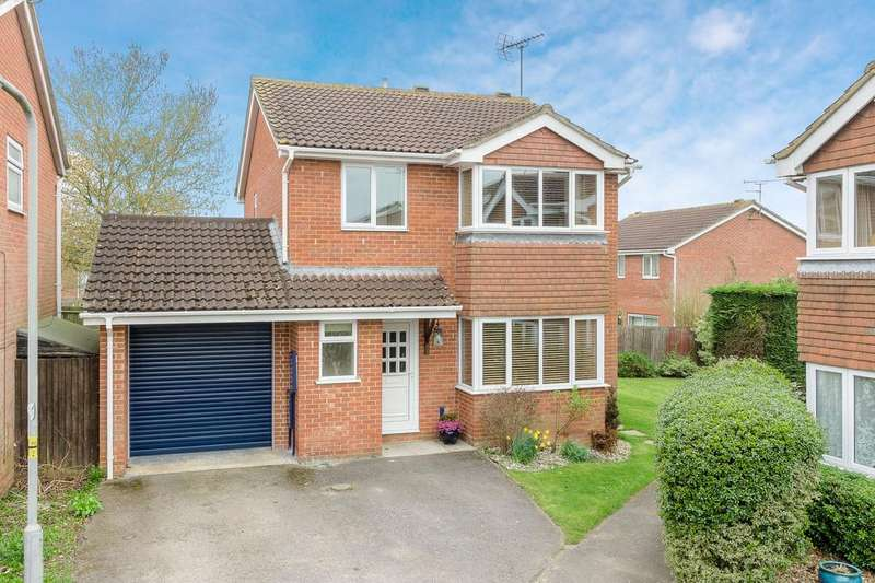 4 Bedrooms Detached House for sale in Kingfisher Road, Buckingham