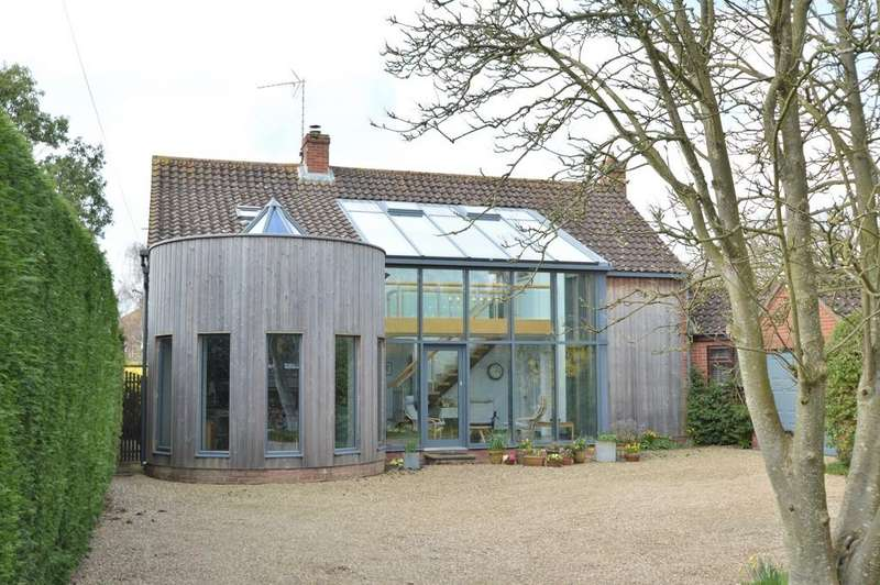 4 Bedrooms Detached House for sale in Holt