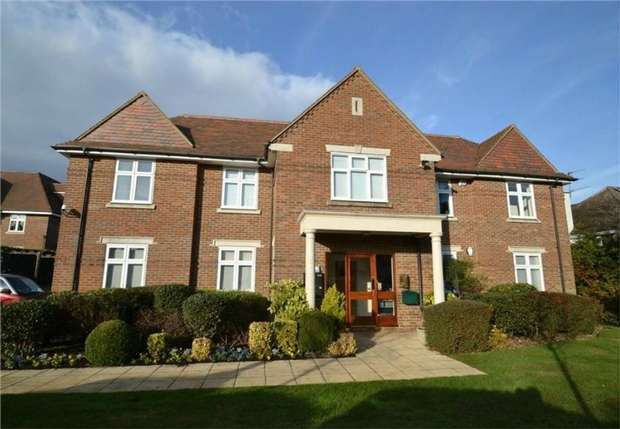 2 Bedrooms Flat for sale in 32 Gills Hill, Radlett, Hertfordshire