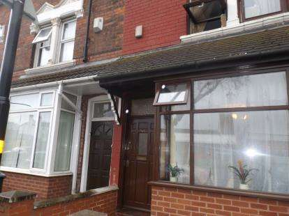 4 Bedrooms Terraced House for sale in Washwood Heath Road, Ward End, Birmingham, West Midlands