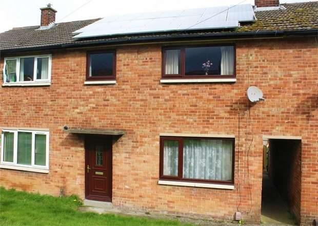 3 Bedrooms Terraced House for sale in Airedale Avenue, Bingley, West Yorkshire