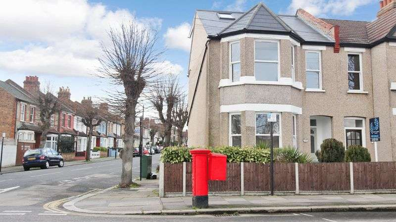 4 Bedrooms Terraced House for sale in Perth Road, Wood Green