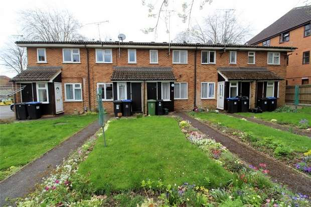 1 Bedroom Terraced House for sale in Woking, Surrey