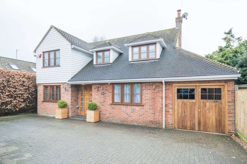 4 Bedrooms Detached House for sale in Bridge