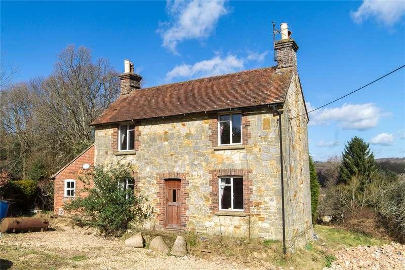 4 Bedrooms Detached House for sale in Dodds Bank, Nutley
