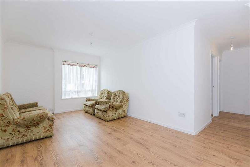 3 Bedrooms Maisonette Flat for sale in Kimble Wick, Watford, Hertfordshire