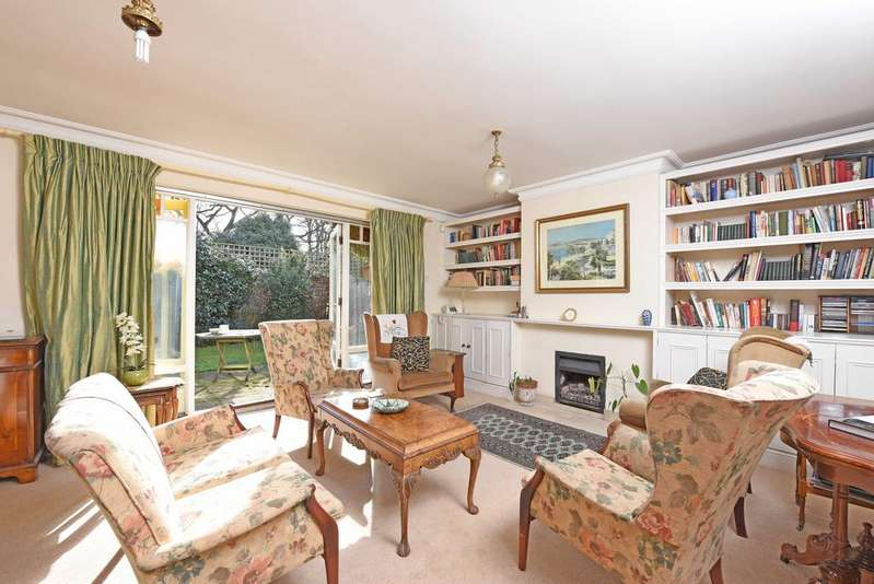 4 Bedrooms Semi Detached House for sale in Oak Park Gardens, SW19