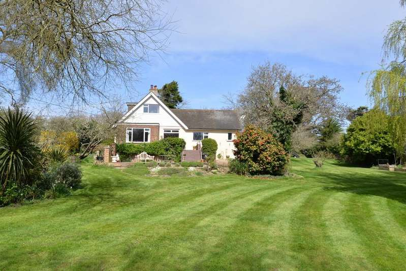 5 Bedrooms Detached House for sale in Downton Lane, Downton