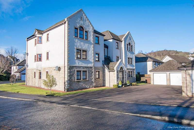 3 Bedrooms Flat for sale in Allan Walk, Bridge of Allan, Stirling, Scotland, FK9 4PD