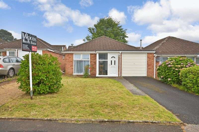 2 Bedrooms Semi Detached Bungalow for sale in Lidford Tor Avenue, Roselands, Paignton