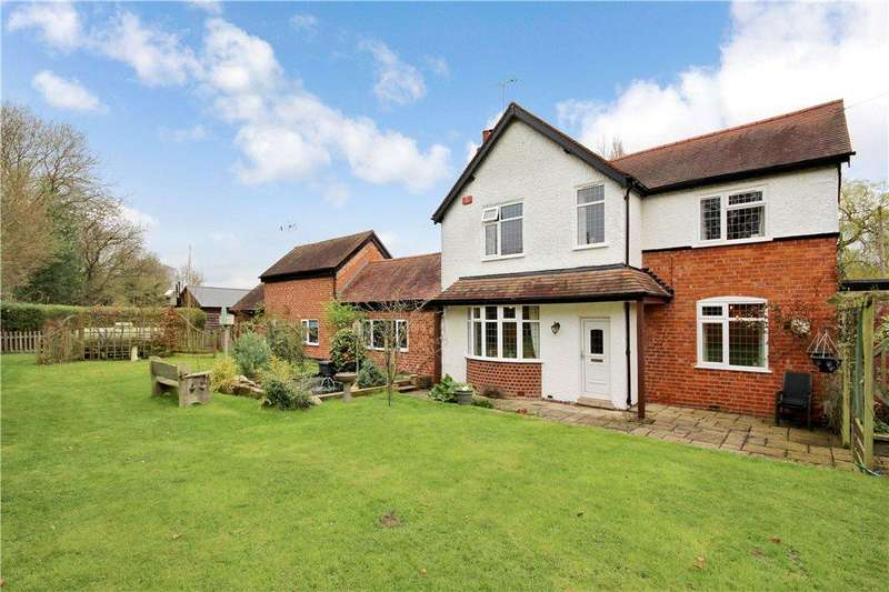 4 Bedrooms Detached House for sale in Sparrow Cock Lane, Chadwick End, Solihull, West Midlands, B93