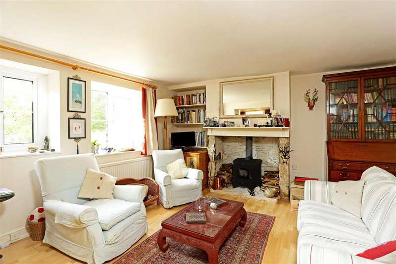 3 Bedrooms Cottage House for sale in Chalford