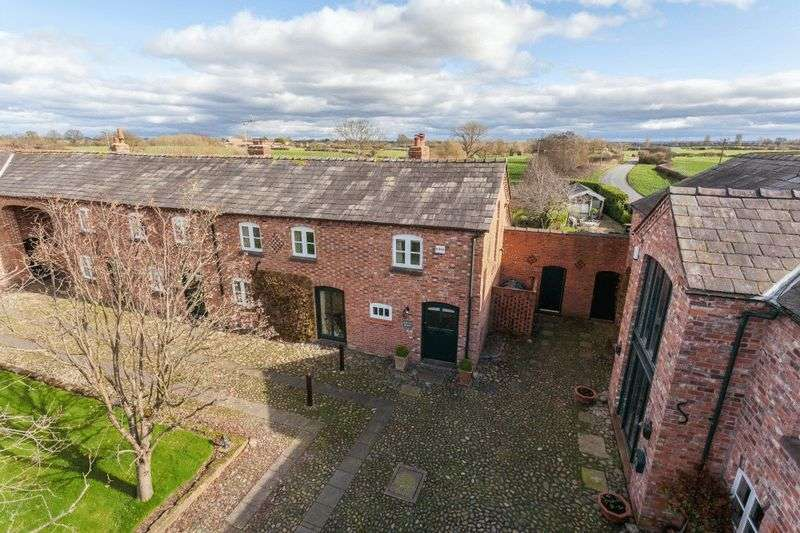 4 Bedrooms Property for sale in South Barn, Coole Lane, Nantwich