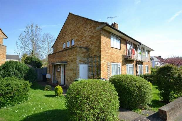 2 Bedrooms Flat for sale in Perkin Close, WEMBLEY, Middlesex