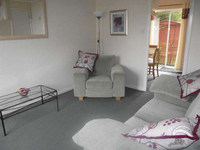 2 Bedrooms Semi Detached House for sale in Navigation Way, Victoria Dock, Hull, HU9 1SW