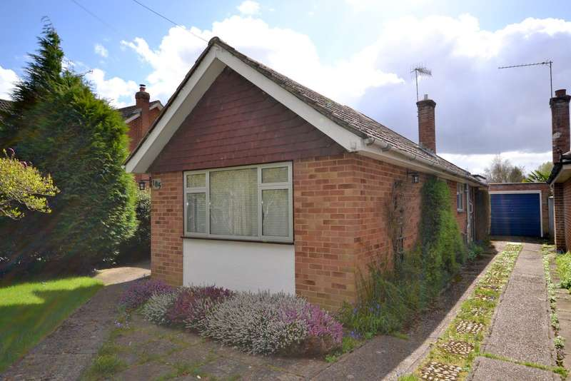 3 Bedrooms Detached Bungalow for sale in Mayford