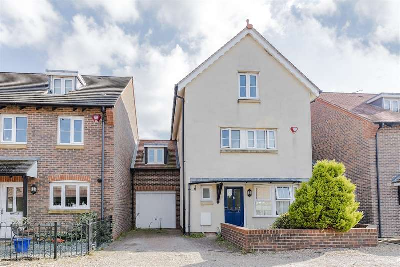 5 Bedrooms Detached House for sale in Lucksfield Way, Angmering, , BN16 4GU