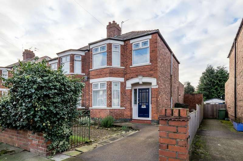 3 Bedrooms Semi Detached House for sale in Milson Grove, Hull Road, YORK