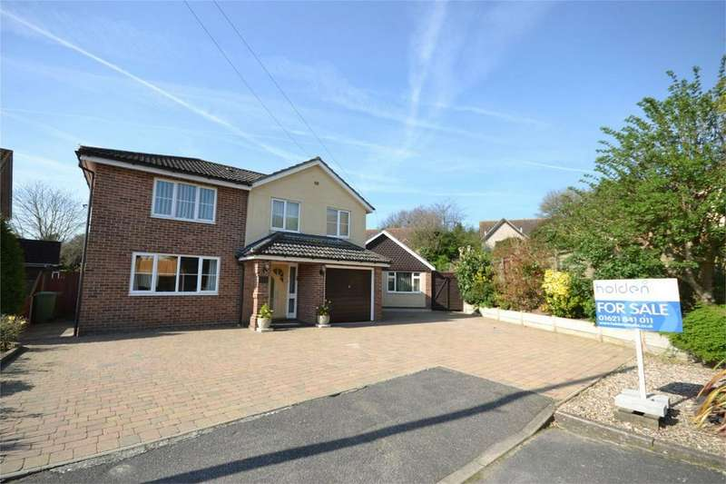 5 Bedrooms Detached House for sale in Viking Road, Maldon, Essex