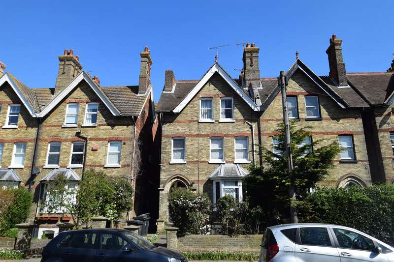 1 Bedroom Flat for sale in 181 Old Dover Road, Canterbury