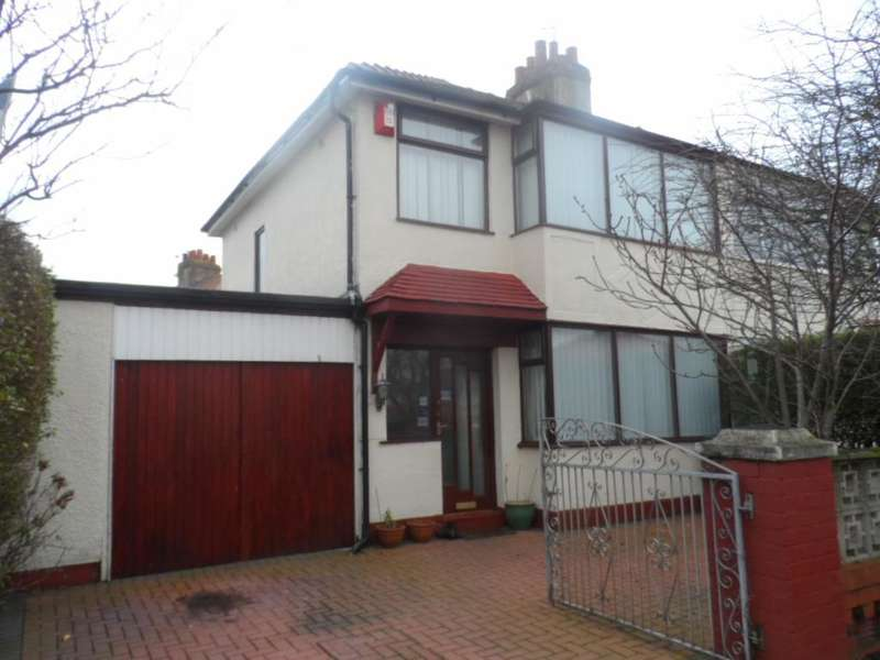 3 Bedrooms Semi Detached House for sale in Murchison Grove, Cleveleys, FY5 3RA