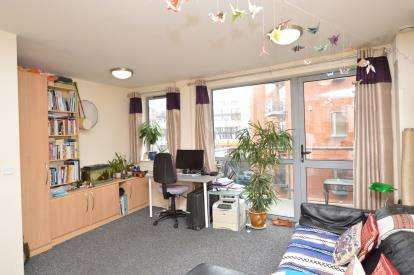 1 Bedroom Flat for sale in Ahlux House, Millwright Street, Leeds, West Yorkshire